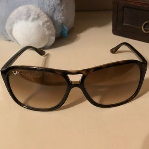 Women's ray bans